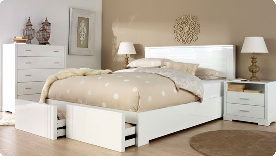 white bedroom furniture lessens the feeling of crowdedness white