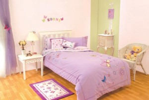 Simple-Butterflies-Theme-for-Girl-Bedroom-by-missbutterfly.com_