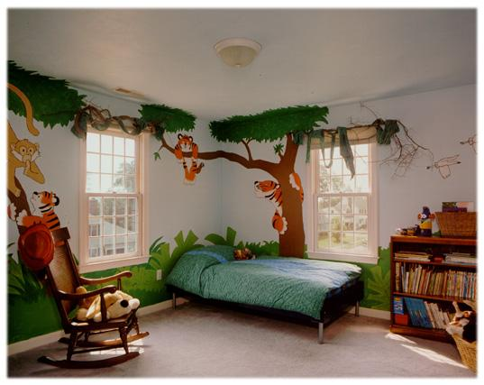 Beau At The Heart Of A Jungle Theme Bedroom Is A Custom Treehouse, Bed Giving  Your Little Nature Lover An Exotic Feeling. The Foundation Of A Custom Tree  House ...