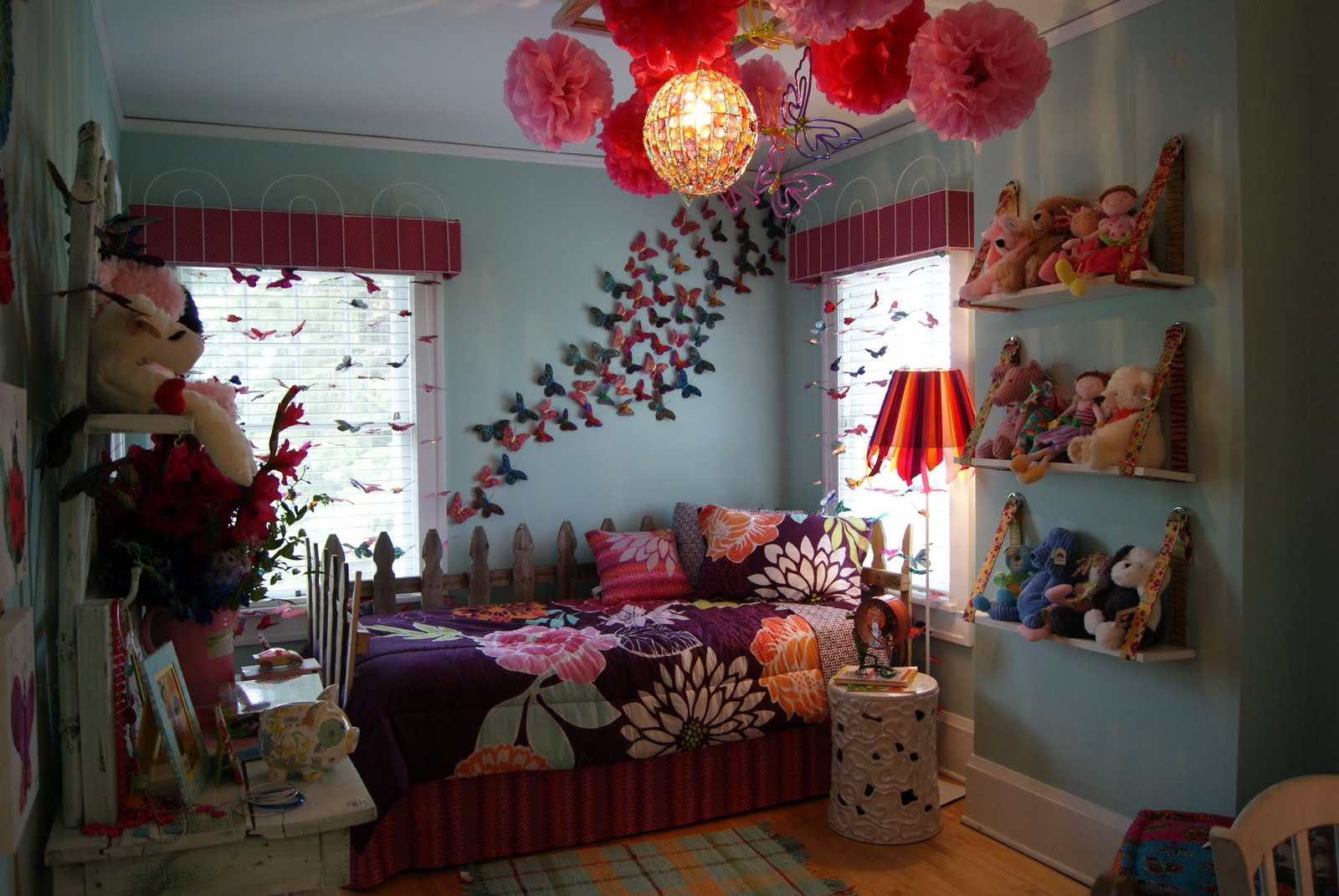 Butterfly themed bedroom in budget