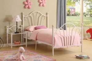 little-princess-bedroom-theme-photo-915x610