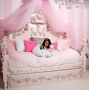princess themed bedroom decorating ideas-little girls princess theme bedroom-Image69