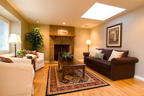 Warm Color Living Room 600x399