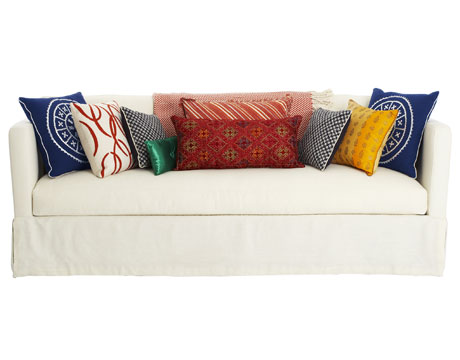Tips On How To Add Throw Pillows To Your Couch Interior