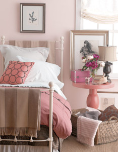 pink-room-design-ideas-25