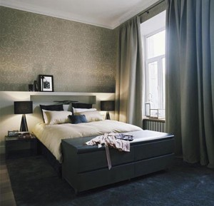 Classic-bedroom-decorating-ideas-with-dark-color-and-calm-lighting