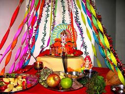Ganpati_Decoration_Ideas_Ribbons_Decorations