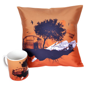 Tree_India_Independence_Day_Mug_&_Cushion_Cover_900X900_01_0