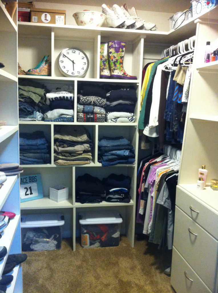 How to create organized closet for your clothes How to organize your clothes without a closet