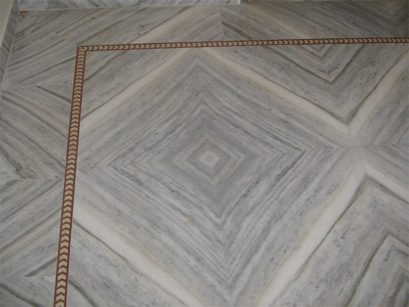 How to decorate home with marble stone interior for Floor tiles border design