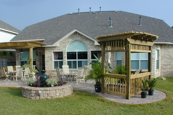 Landscaping-Pavestone-Pavers-Houston-Patio