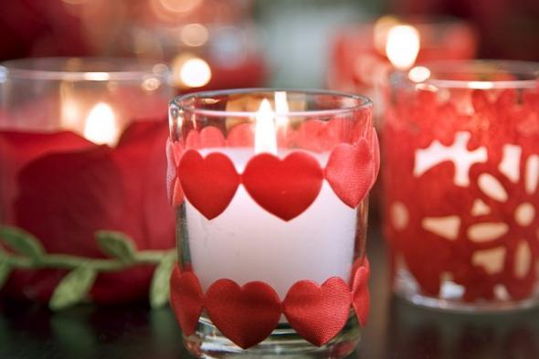 valentines-day-at-home-candle-decor