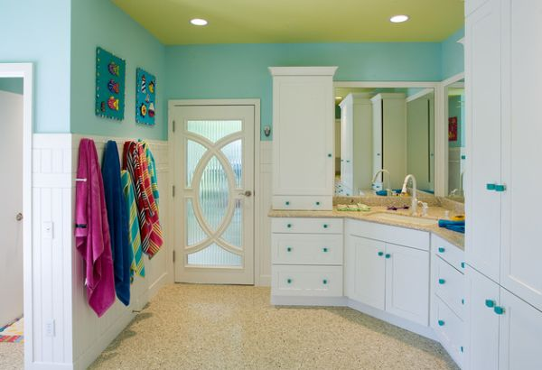 Select-patterns-and-colors-give-this-eclectic-kids-bathroom-an-inimitable-look