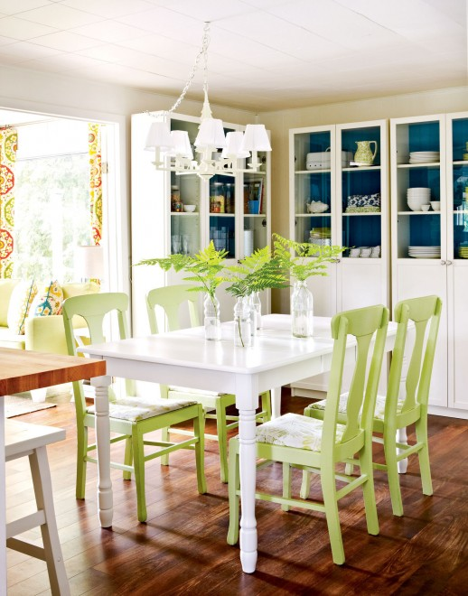 Summer d cor ideas for home interior designing ideas - Pale green dining room ...