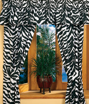 Zebra bedding sheet for bedroom interior designing ideas for Animal print window treatments