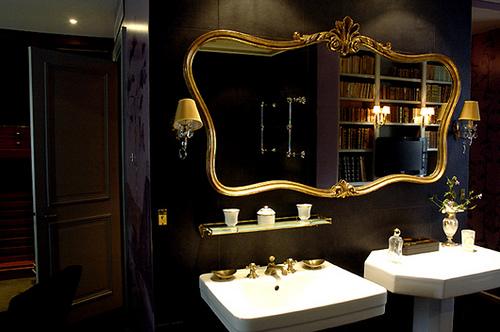 Black bathroom designs interior designing ideas for Black and gold bathroom set