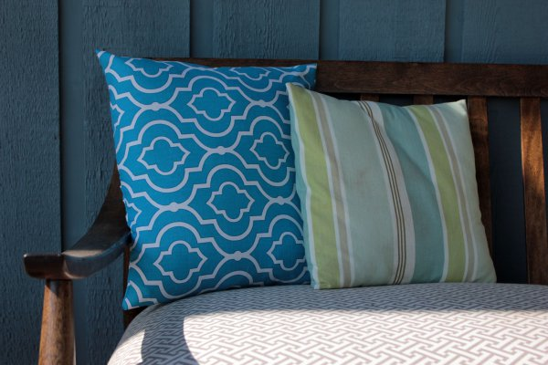 blue-bench-pillows-in-shade