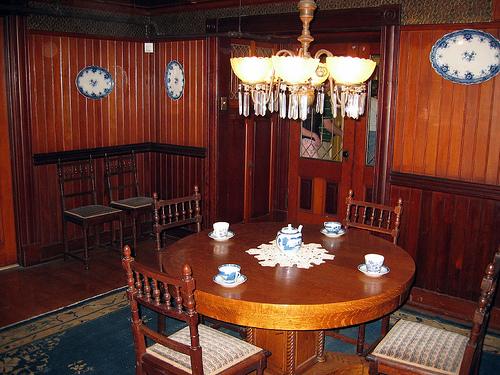 Victorian Dining Room (1)
