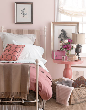 neutral pink