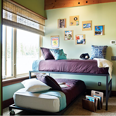 small teen bedroom utilizing small bedrooms for teenagers interior 13350