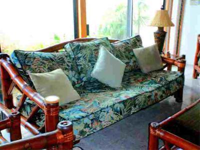 Bamboo sofa  (1)