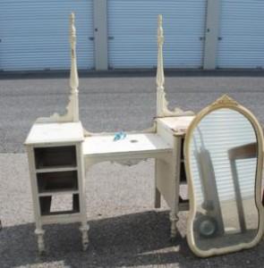 Repair Old Vanity (5)