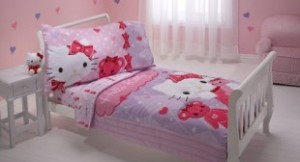 Sanrio-Toddler-Bedding-Set-Hello-Kitty-and-Friends-310x168