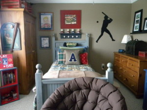 Boys-Bedroom-Design-Ideas-with-Basebal-Themes