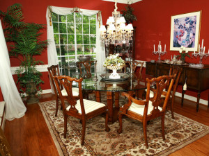 DP_Aplanalp-red-dining-room_s4x3_lg