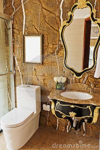 golden-bathroom-21194410