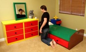nathan_sawayas_bedroom_build_with_lego_bricks_3