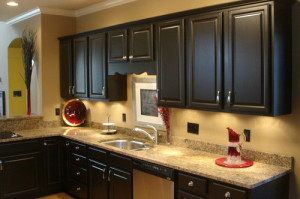 Best-paint-for-kitchen-cabinets-black