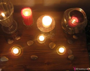 living-room-candles-2011-9-13-6-18-27