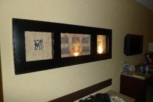 nice-artwork-in-bedroom