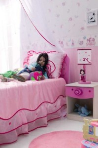 lovely-pink-ideas-for-kids-little-fairy-bedroom-furniture-588x884-foto-image-01