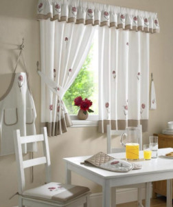 l_somerst-kitchen-curtains_000