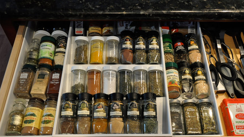Expand- a drawer spice organizer