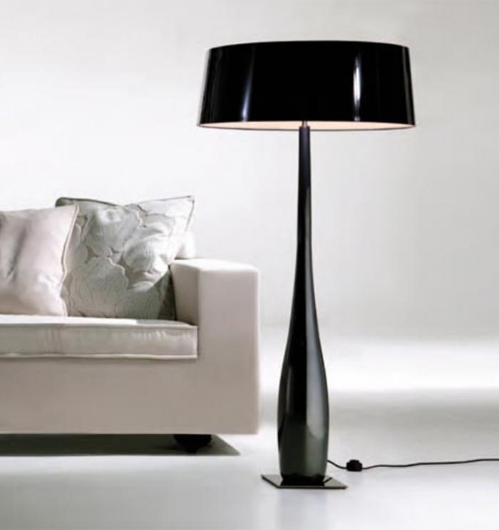 Chic-Bold-Floor-Lamp-700x744