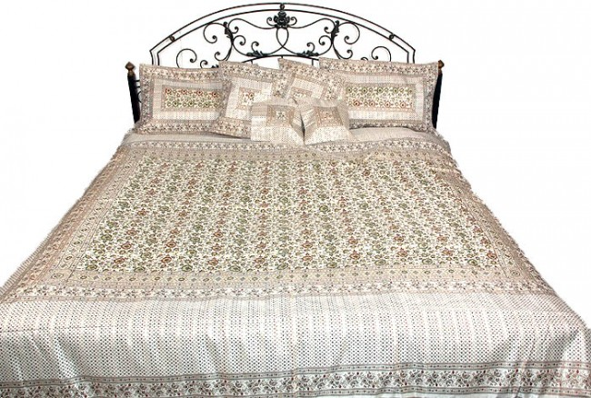 ivory_pure_silk_banarasi_floral_bedcover_with_fourcolor_kv77