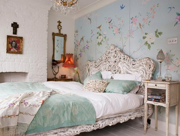 How to Decorate a Bedroom with Floral Prints Decor Tips