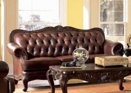 victorian-inspired-sofa