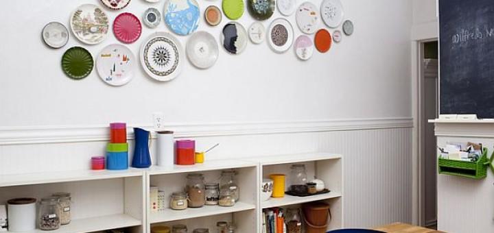lisa-congdon-kitchen-plate-wall-dwell