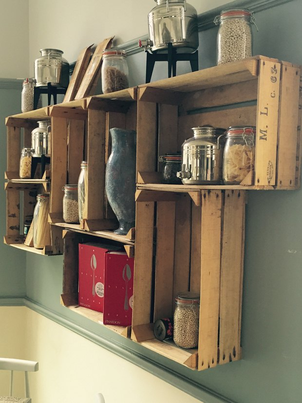 reused-wooden-crates-unique-kitchen-design-ideas