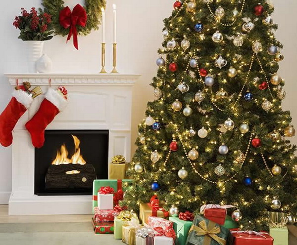 Themed-Christmas-Tree-Home-Decoration