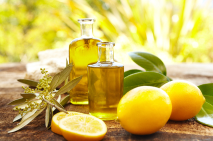 home_remedies_for_odor_removal_lemon_oil