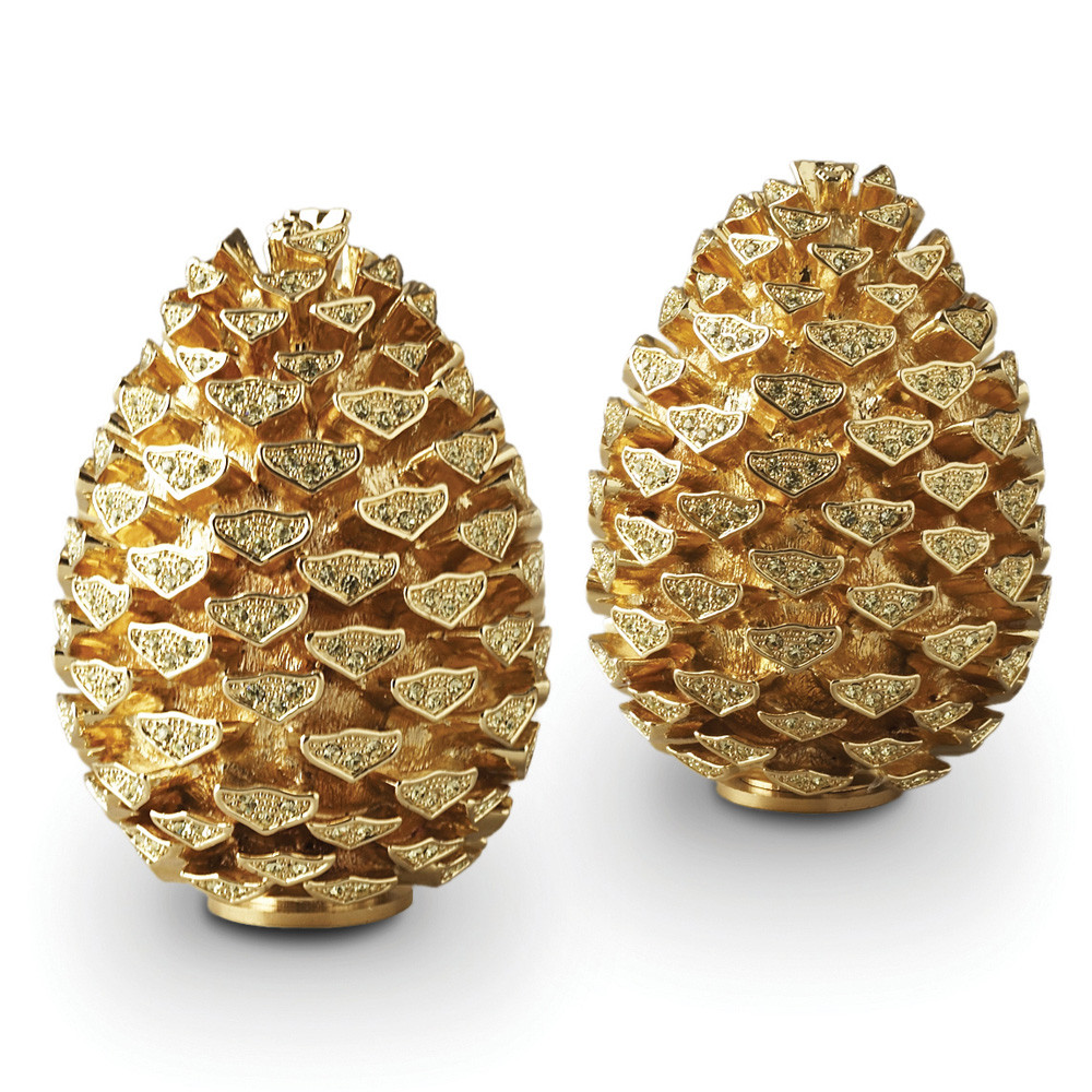 gold-pinecone-salt-pepper-shakers