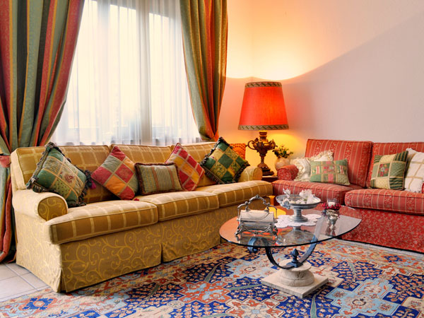 14-1394801908-sofa