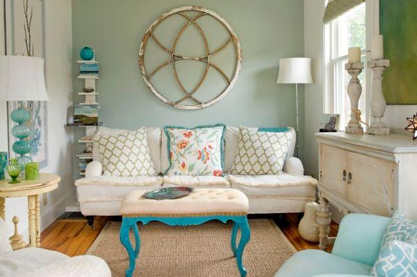 beach-home-decor-accessories-6-white-and-turquoise-living-room-decor-600-x-398