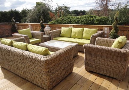 Create-a-Classy-Outdoor-Look-with-Rattan-Outdoor-Furniture1