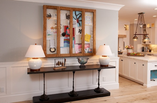 Displaying-kids-artwork-cabinetry